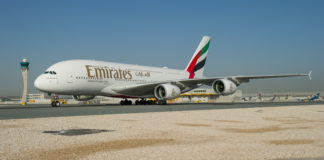 beauty of middle east with emirates airlines scaled