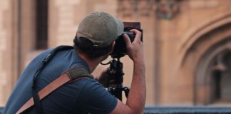photographer 3672010 1280